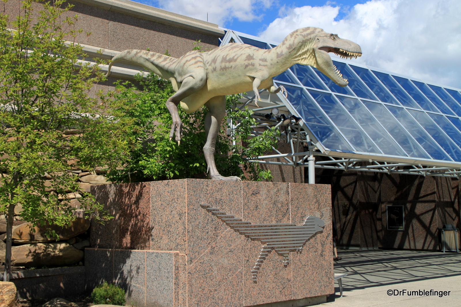 Entrance to Royal Tyrrell Museum
