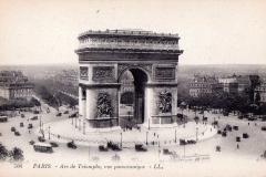 1920's postcard view of the Arc de Triomphe