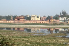 Traveling to the Tomb of Itimad-ud-Daulah