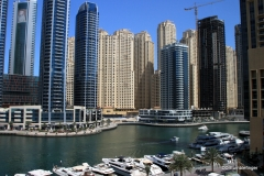 Dubai Marina)