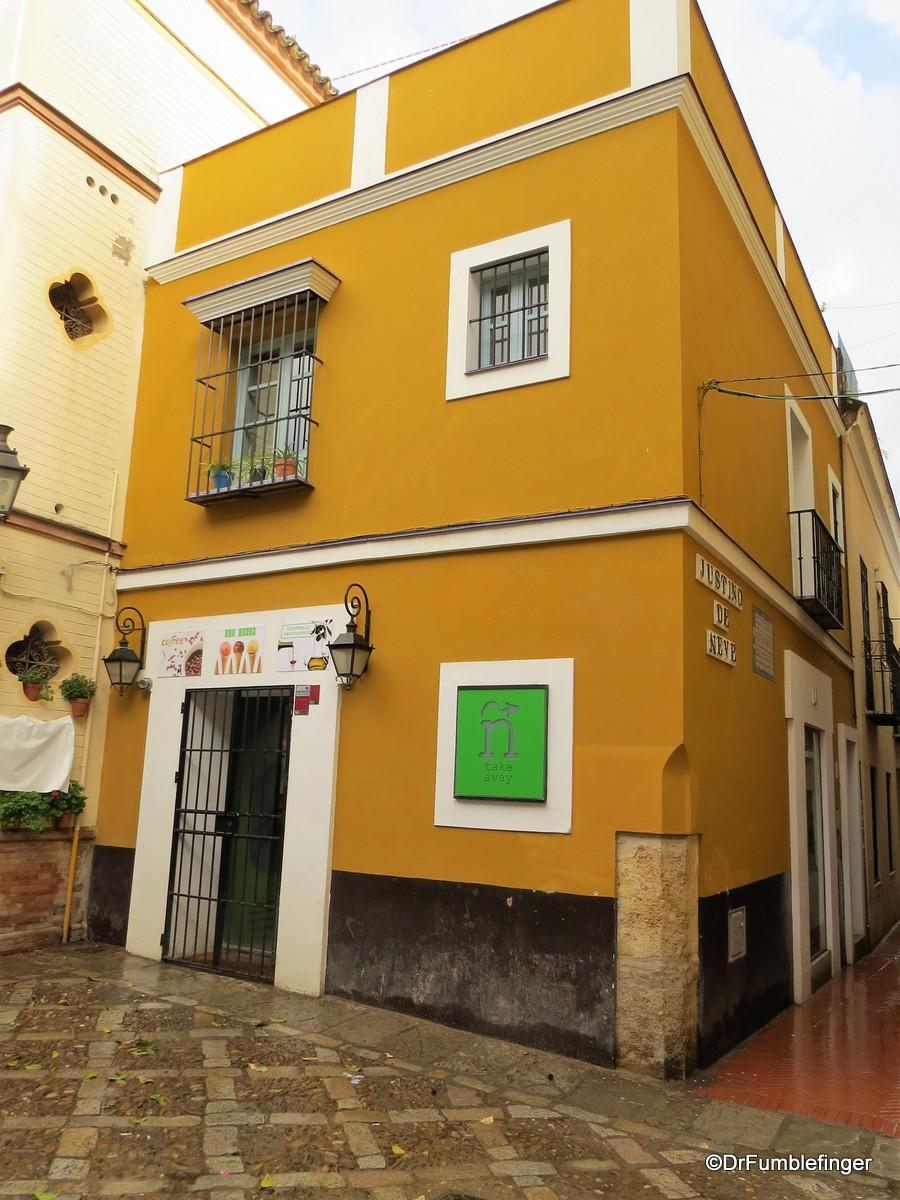 An Evening walk in Barrio Santa Cruz, Seville