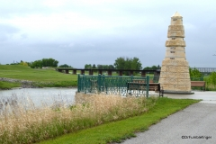 Grand Forks Flood Memorial and Red River