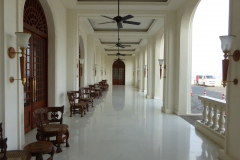 Outside walkway, Galle Face Hotel