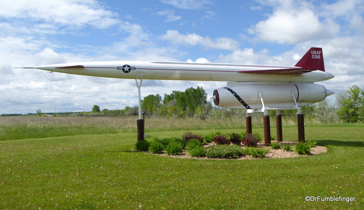 Grand Forks Air Force Base, Hound Dog Air to Surface Missle(