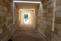 Tunnel to the Monument, Holocaust Memorial of Miami Beach