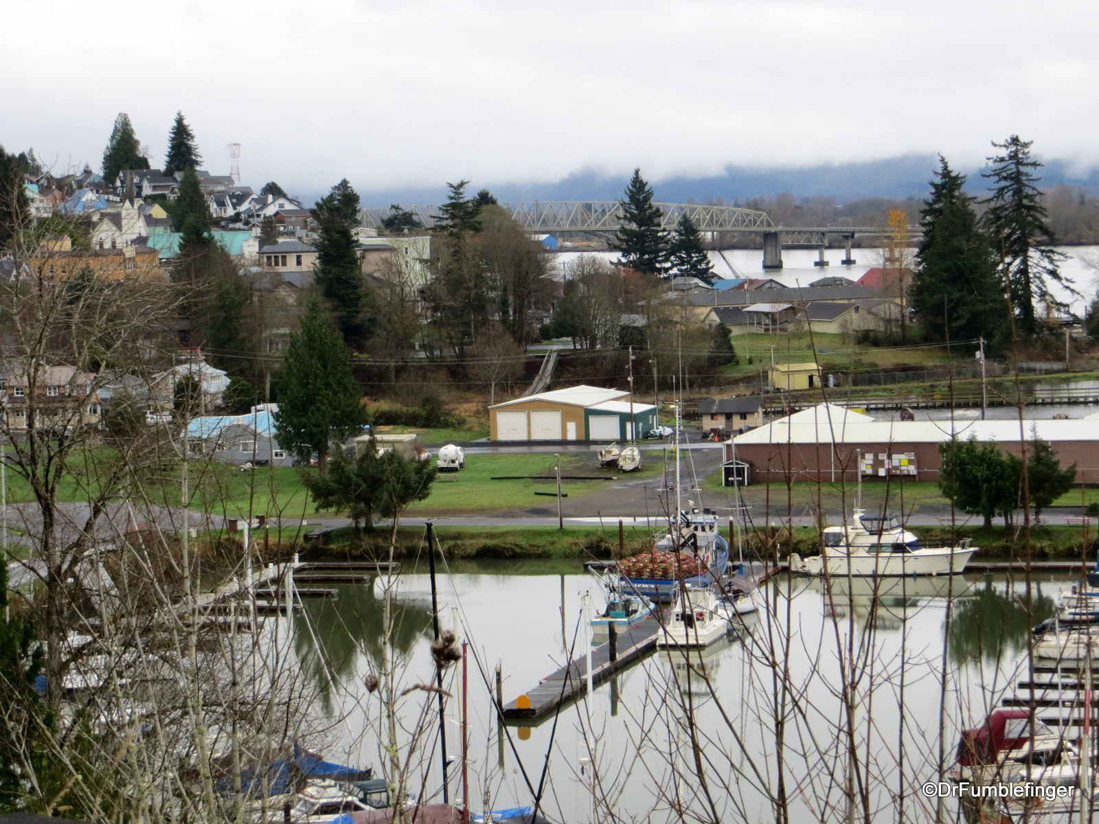 Small town on Columbia River