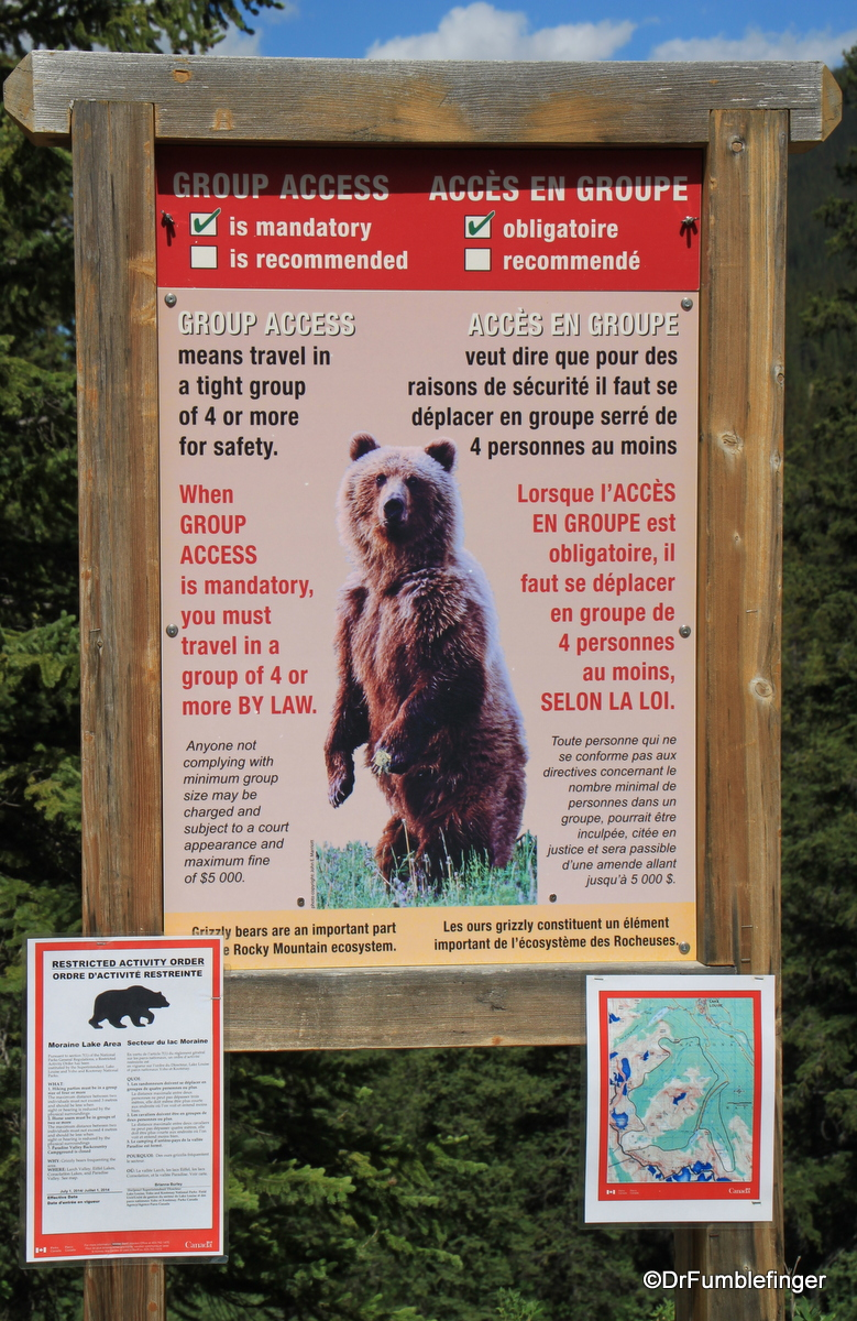 Bear warning sign for hikers, Moraine Lake, Banff NP