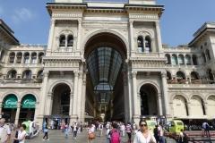Galleria Vittorio Emanuele II, Piazza del Duomo, Milan