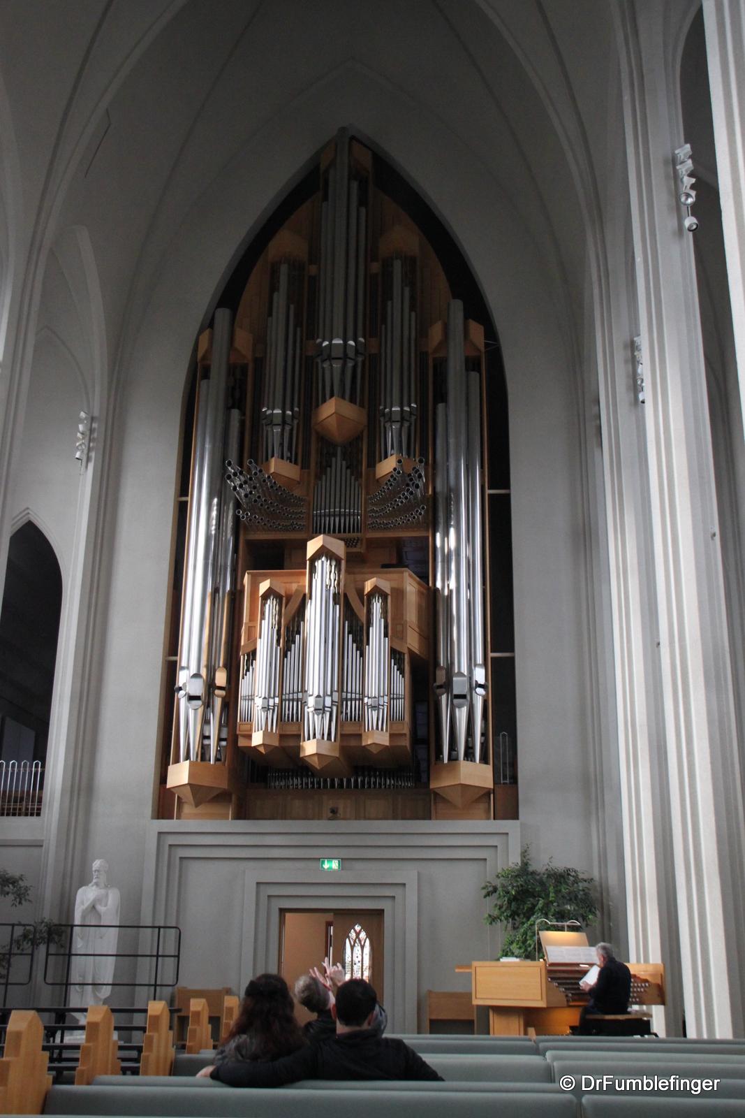 Pipe organ at Hallsgrimkirkje
