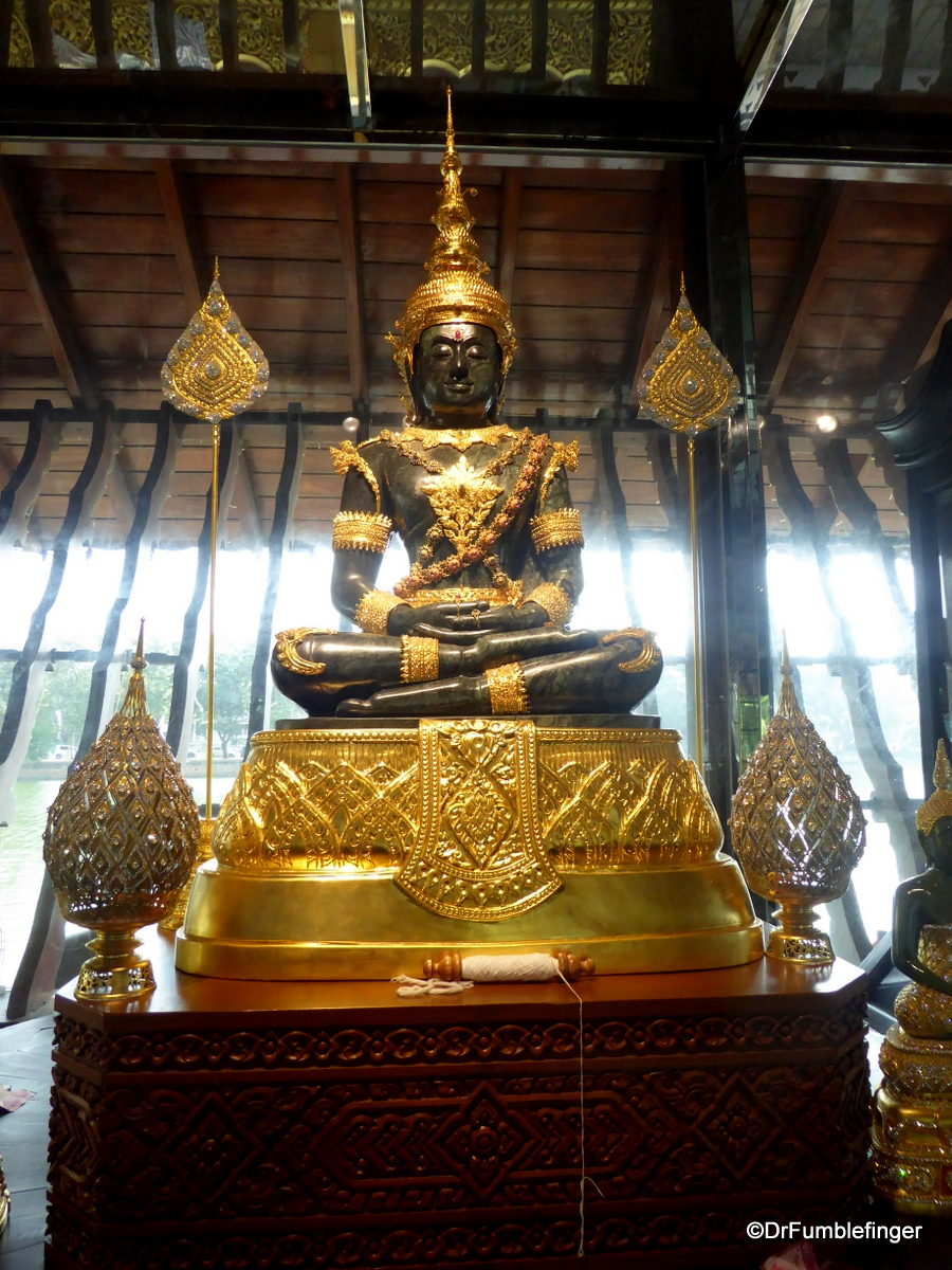 Copy of the Jade Buddha, Seema Malaka Temple, Colombo