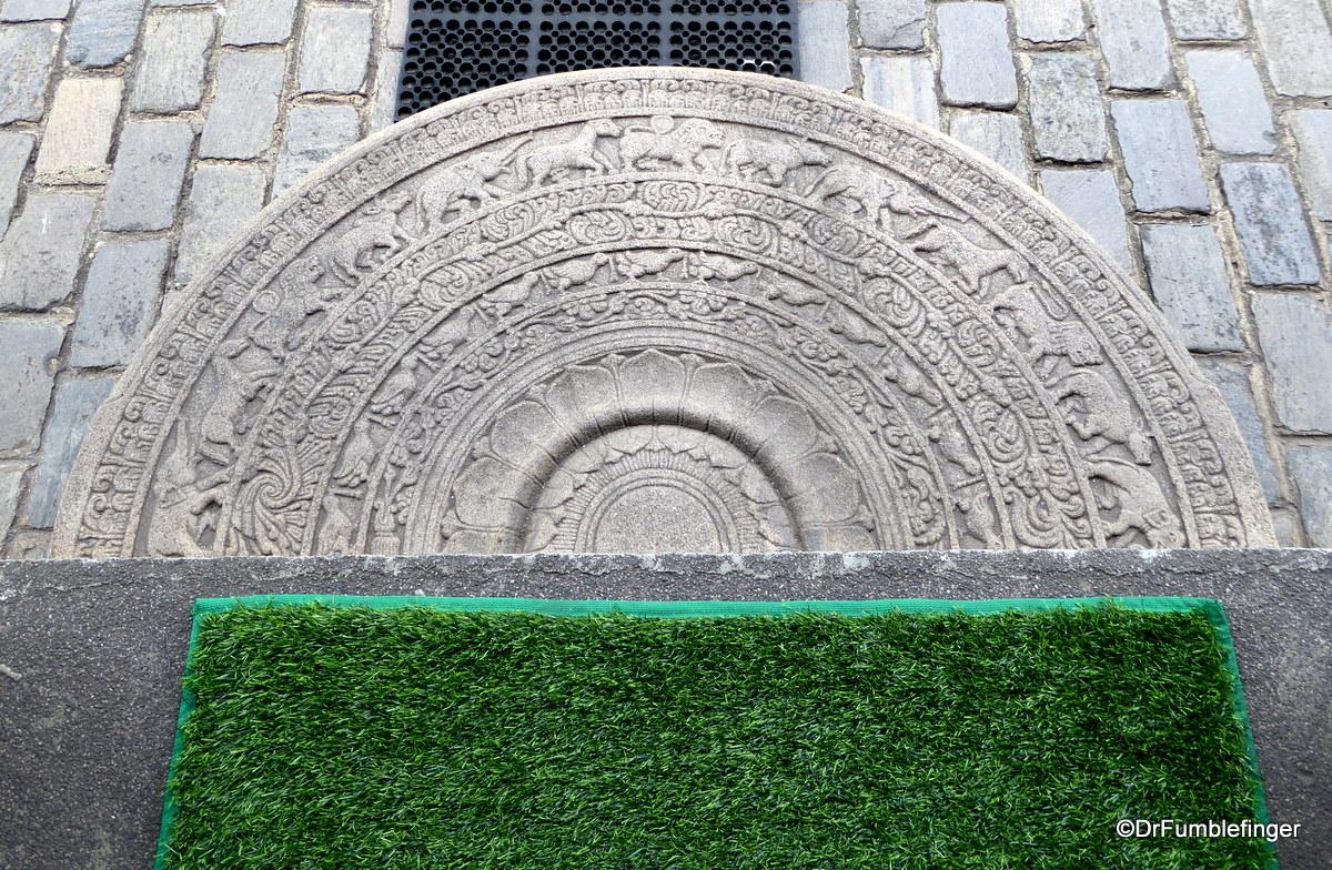 Moonstone, Seema Malaka Temple, Colombo