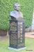 Lahaina -- statue, Wo Hing Society Hall