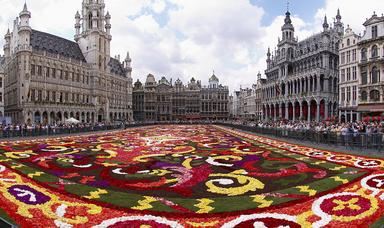 Floral Carpet in Grand Place, courtesy of Wouter Hagens and Wikimedia