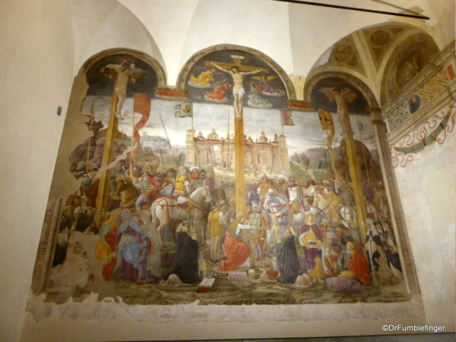 Crucifixion fresco by Giovanni Donato da Montorfano