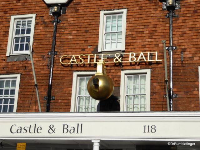 Castle and Ball Hotel, Marlborough