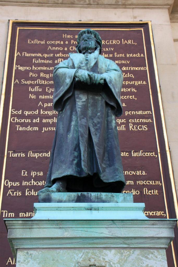 Statue of Olaus Petri