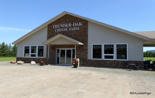 Thunder Oaks Cheese Farm, Thunder Bay